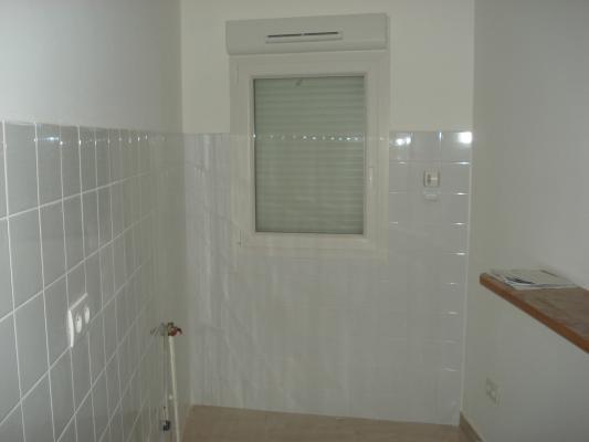 Location appartement Bondy 830€ CC - Photo 2