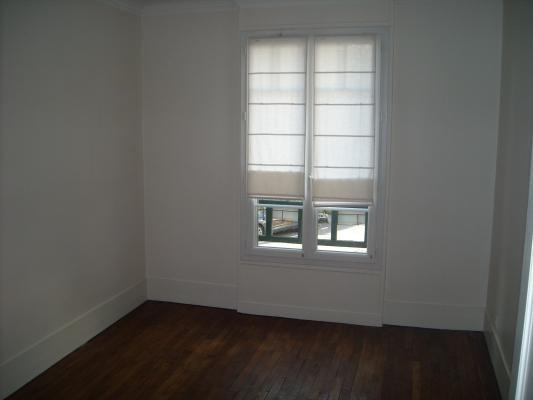 Rental apartment Le raincy 1630€ CC - Picture 6