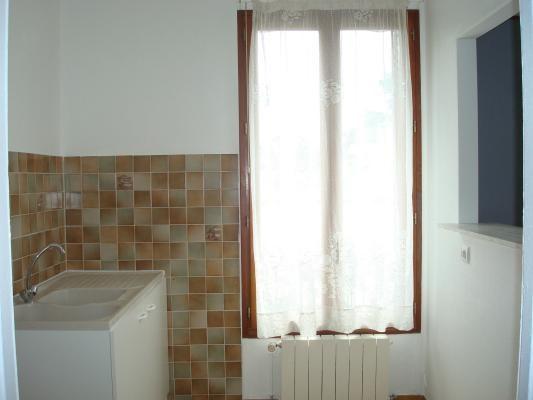 Location maison / villa Sevran 950€ CC - Photo 5