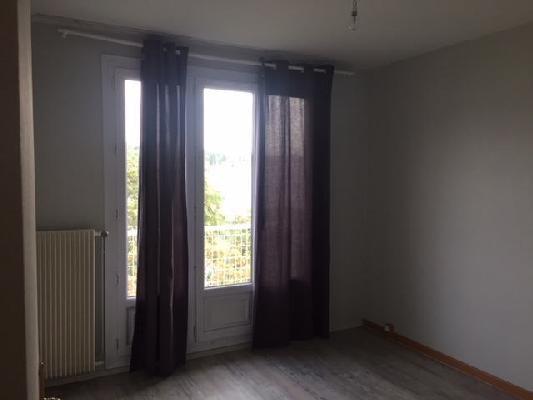 Rental apartment Clichy-sous-bois 850€ CC - Picture 7