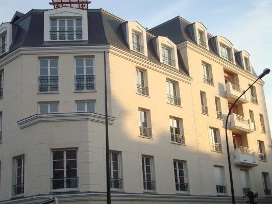 Location appartement Le raincy 675€ CC - Photo 1