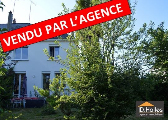 Sale house / villa Craon 125 000€ - Picture 1