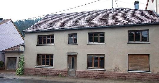 Sale house / villa Schirmeck 110000€ - Picture 1