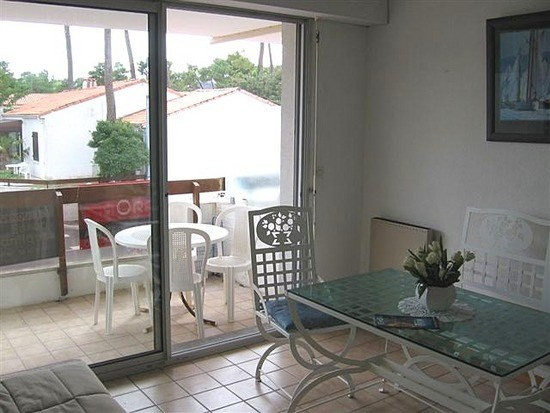 Sale apartment La palmyre 85 600€ - Picture 3