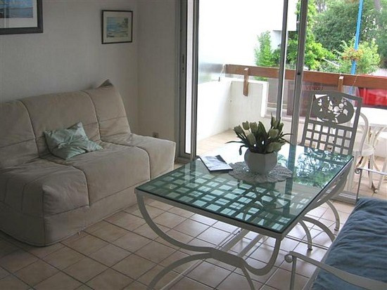 Sale apartment La palmyre 85 600€ - Picture 2