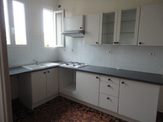 Location maison / villa Aire sur l adour 566€ CC - Photo 3