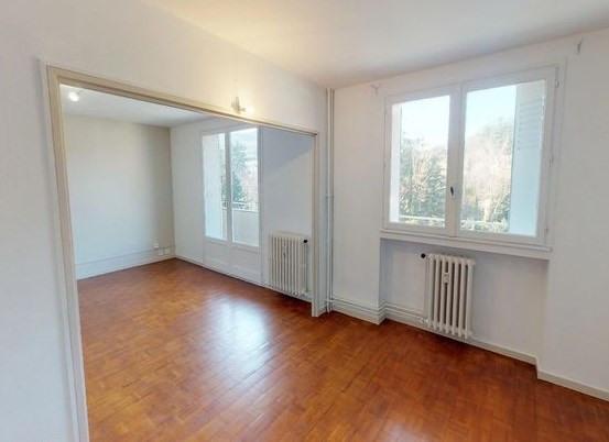 Rental apartment Unieux 795€ CC - Picture 2