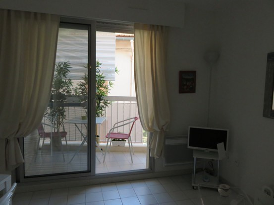 Vacation rental apartment Bandol 725€ - Picture 4