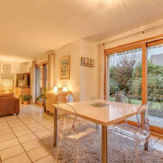 Deluxe sale house / villa Menthon st bernard 785000€ - Picture 3