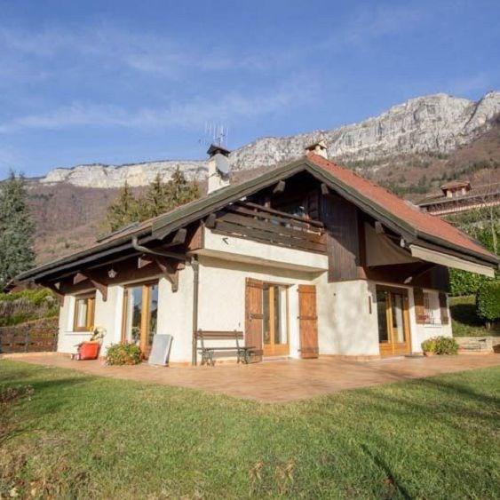Vente de prestige maison / villa Veyrier du lac 1490000€ - Photo 1