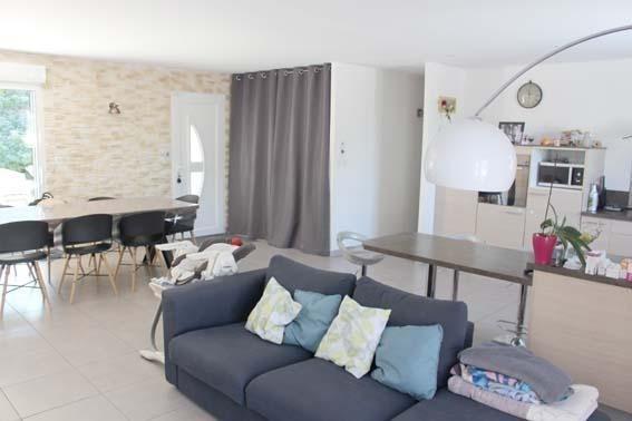 Vente maison / villa Janneyrias 335000€ - Photo 3