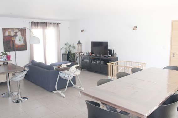 Vente maison / villa Janneyrias 335000€ - Photo 2