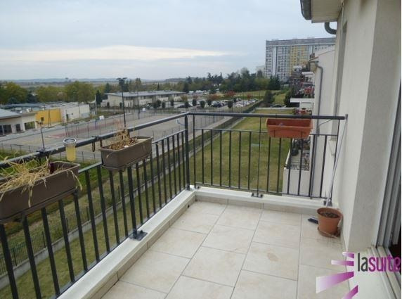 Sale apartment Venissieux 159000€ - Picture 10