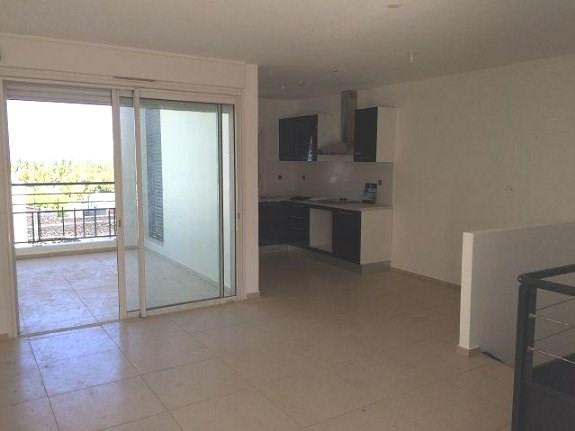 Location appartement La saline les bains 1063€ CC - Photo 2