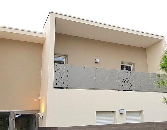 Sale apartment St jean de vedas 286000€ - Picture 2
