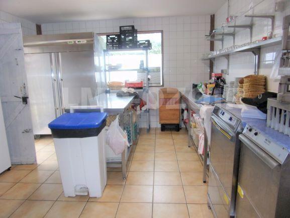 Vente fonds de commerce boutique Ozoir-la-ferriere 392000€ - Photo 3