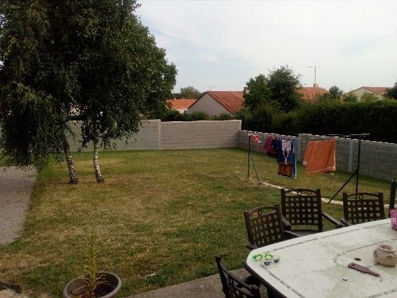 Sale house / villa La bruffiere 177900€ - Picture 3