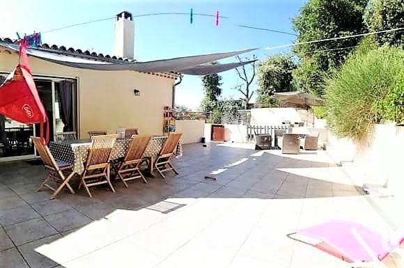 Sale house / villa Saint-martin-de-la-brasque 367 000€ - Picture 5