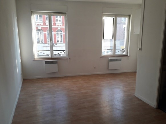Location appartement Armentieres 403€ CC - Photo 1