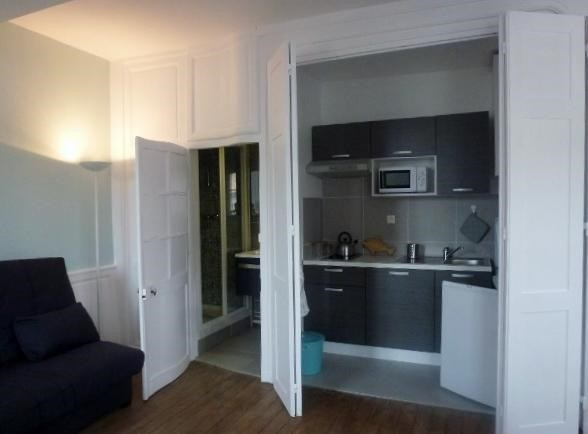 Location appartement Fontainebleau 950€ CC - Photo 10