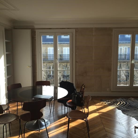 Location appartement Paris 3ème 3 995€ CC - Photo 2