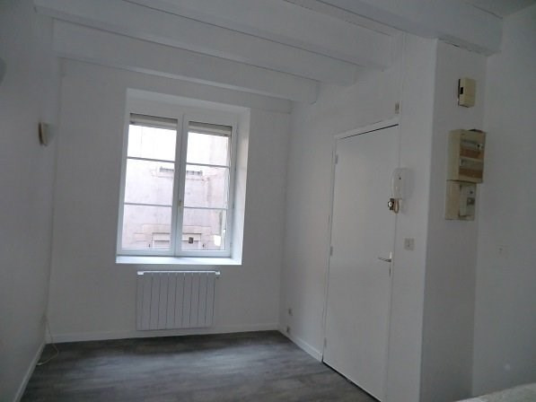 Rental apartment Chalon sur saone 390€ CC - Picture 2