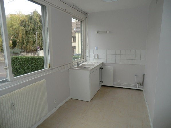 Location appartement Chalon sur saone 510€ CC - Photo 2