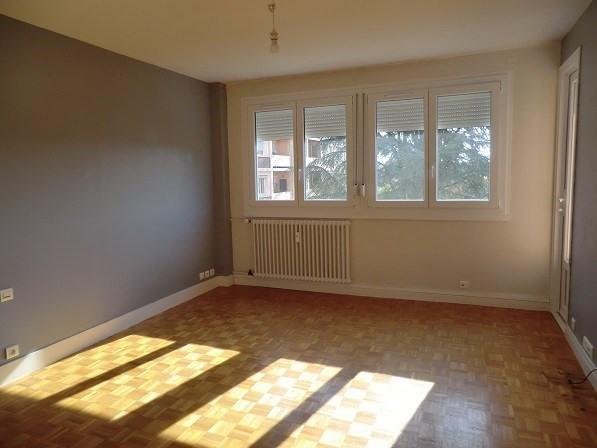 Rental apartment Chatenoy le royal 520€ CC - Picture 1