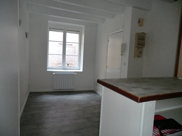 Rental apartment Chalon sur saone 390€ CC - Picture 1