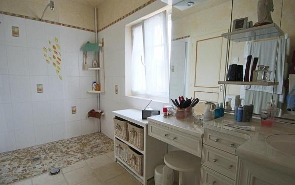 Sale house / villa Montlouis sur loire 430000€ - Picture 8