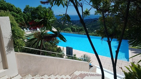 Vacation rental apartment Les issambres 450€ - Picture 7