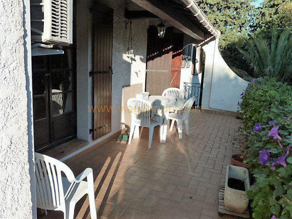 Viager maison / villa Toulon 390000€ - Photo 3