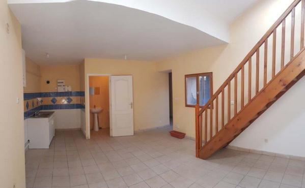 Location appartement Pont de cheruy 595€ CC - Photo 2