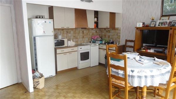 Sale apartment Courbevoie 220000€ - Picture 2
