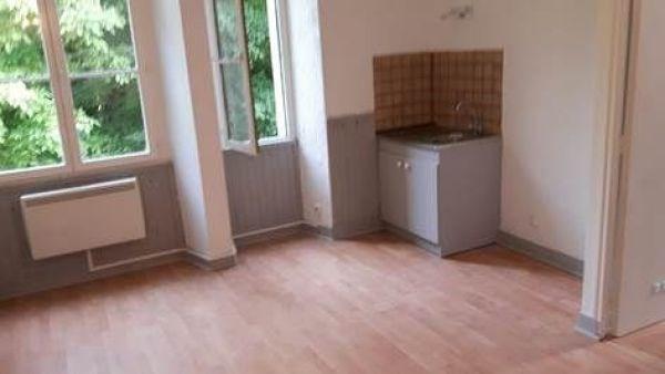 Rental apartment Lardy 510€ CC - Picture 2