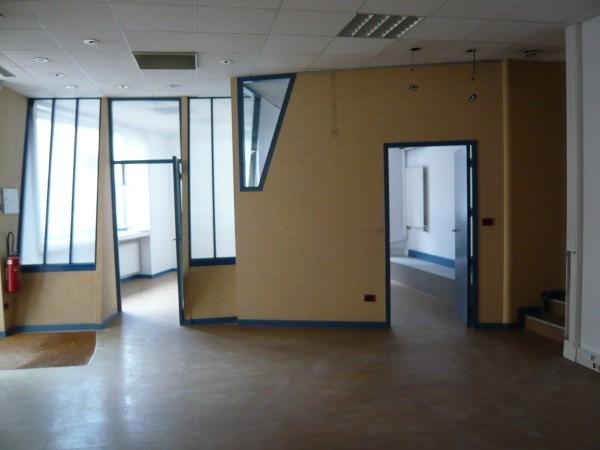 Rental empty room/storage Bourgoin jallieu 1200€ CC - Picture 1