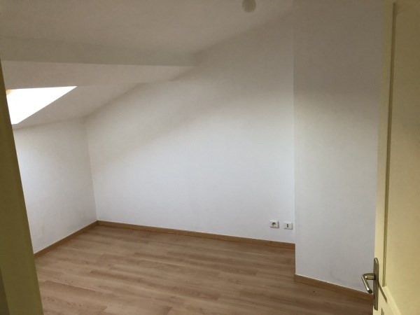 Location appartement Bourgoin jallieu 390€ CC - Photo 4