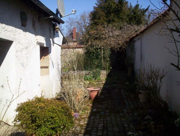 Sale house / villa Henrichemont 77 000€ - Picture 2
