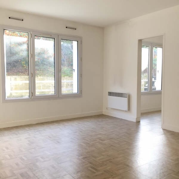 Rental apartment Chennevieres sur marne 947€ CC - Picture 1