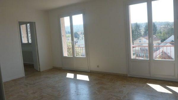 Location appartement Ballancourt sur essonne 920€ CC - Photo 2