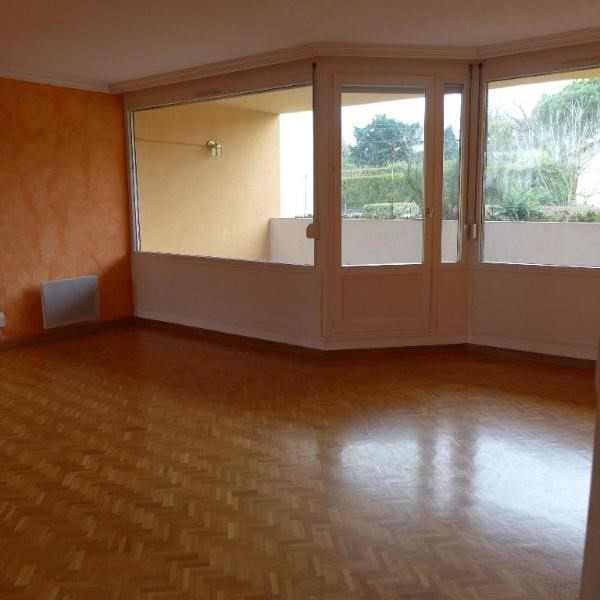 Rental apartment Dardilly 1 081€ CC - Picture 5