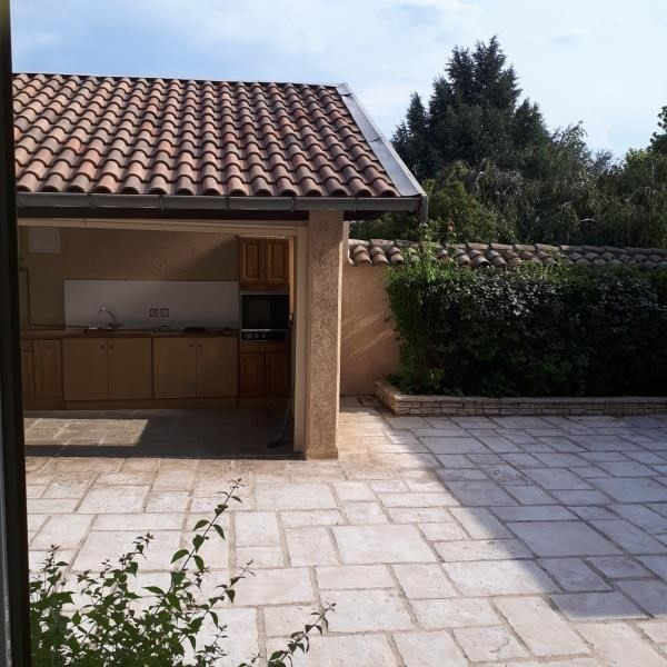 Sale house / villa St clair du rhone 285 000€ - Picture 2