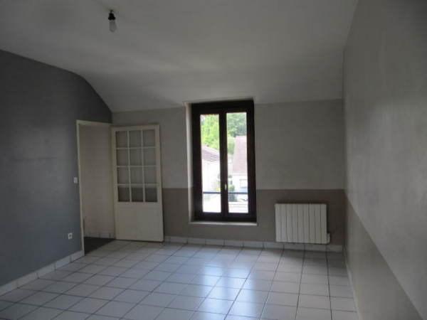 Location appartement Janville sur juine 645€ CC - Photo 3