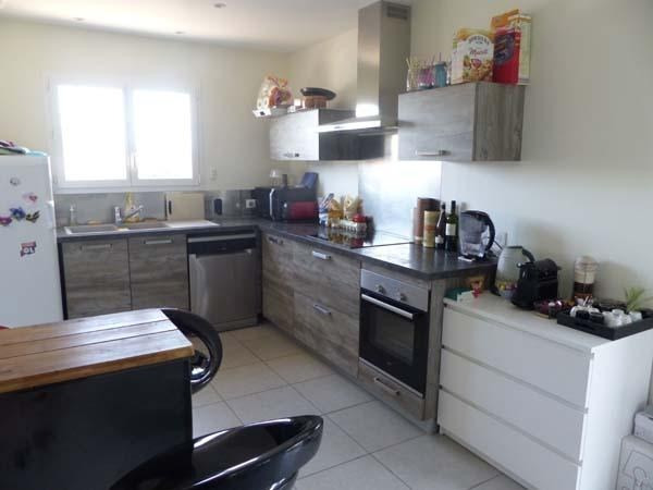 Rental house / villa Chateauvilain 875€ CC - Picture 2