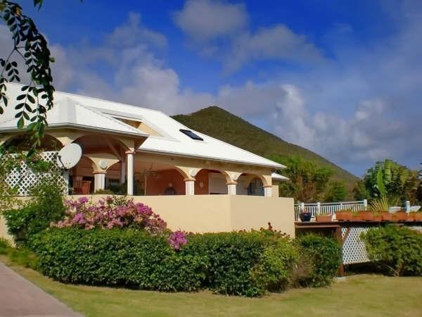 Vente de prestige maison / villa St martin 735000€ - Photo 2