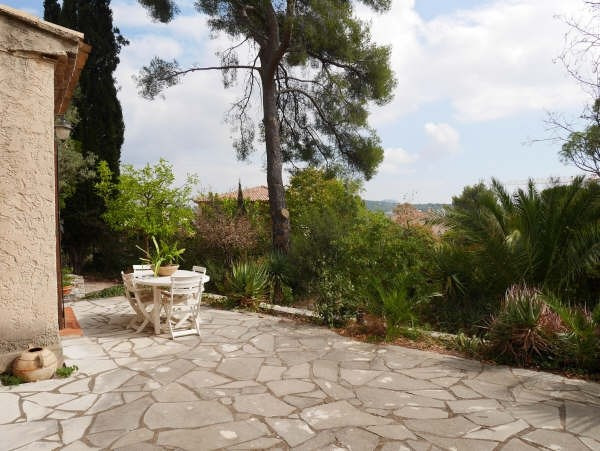 Sale house / villa Toulon 533 000€ - Picture 1