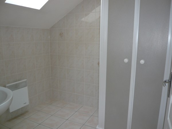 Rental apartment Courtenay 350€ CC - Picture 4