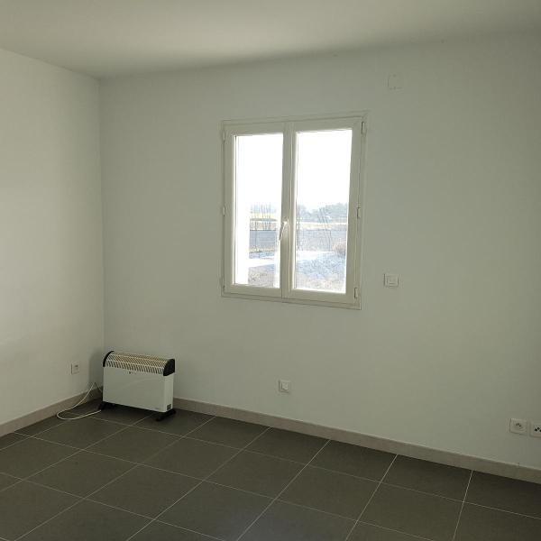 Location appartement Eguilles 1030€ CC - Photo 7