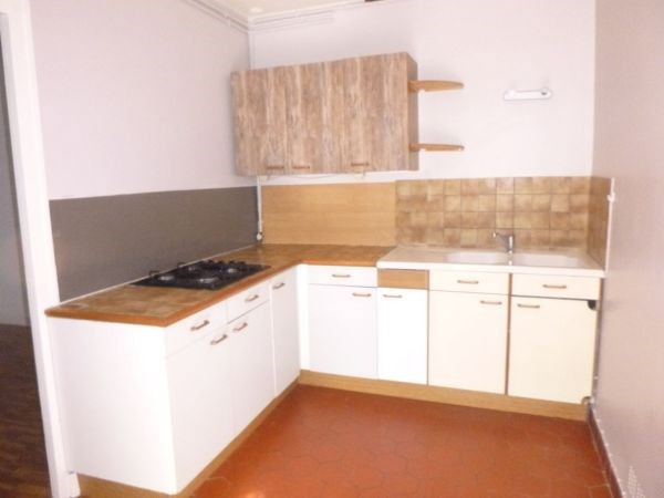 Rental apartment Lardy 595€ CC - Picture 1