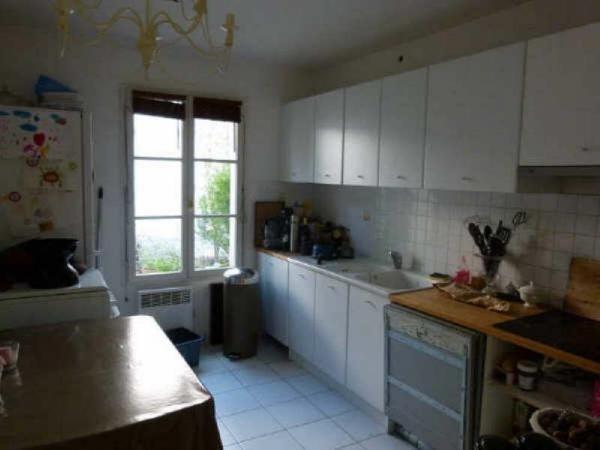 Sale house / villa Monfort l'amaury 484000€ - Picture 4